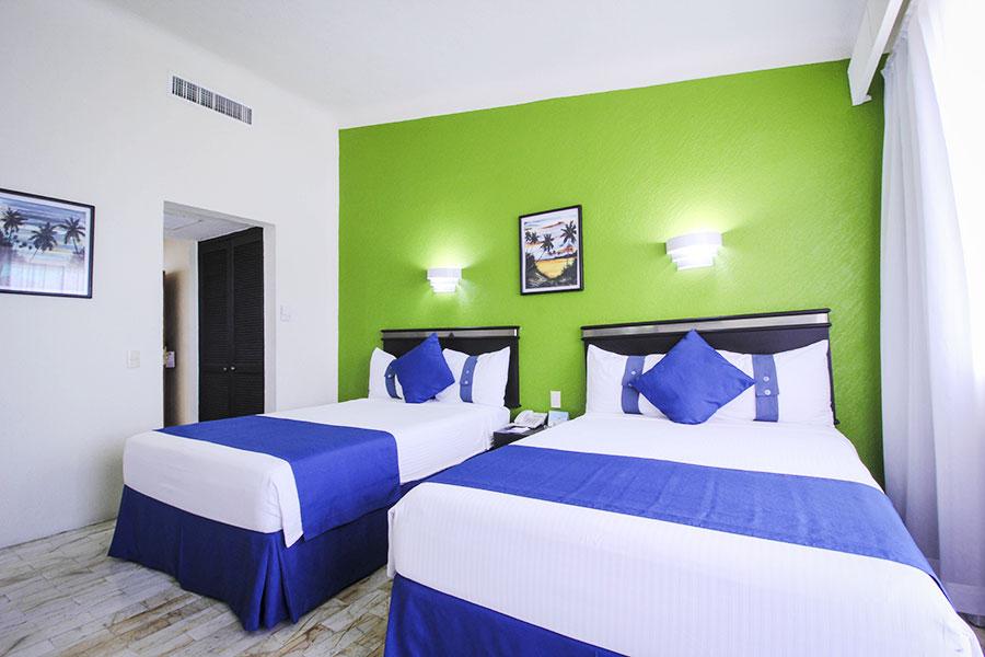 Aquamarina beach hotel - Cancun 2 bedroom suites all inclusive ...